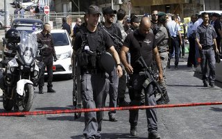 Tấn công bằng dao tại Jerusalem, một người Israel bị thương