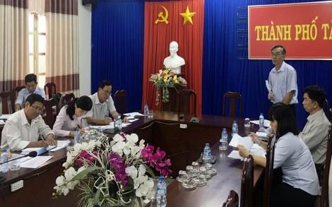 Kiểm tra tiến độ xây dựng nông thôn mới của thành phố Tây Ninh