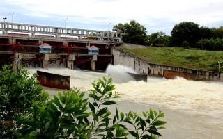Hồ Dầu Tiếng xả lũ xuống sông Sài Gòn