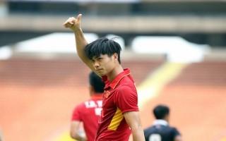 HLV Mai Đức Chung chỉ giữ lại 10 cầu thủ U-22
