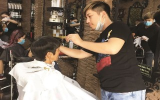 Có một nơi cắt tóc miễn phí cho người nghèo