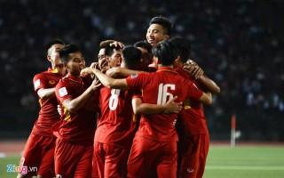 Đội tuyển Việt Nam chật vật thắng Campuchia 2-1