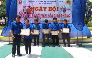 Tổ chức Ngày hội Thanh niên với văn hoá giao thông