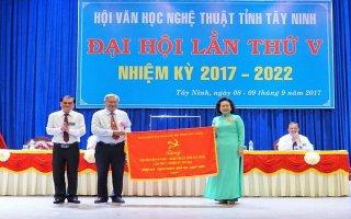 Ông Dương Văn Phong tái đắc cử chức danh Chủ tịch Hội