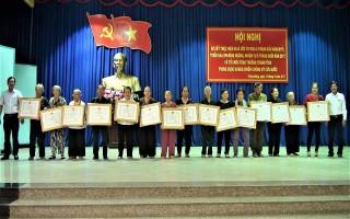 Trảng Bàng: Trao Huân chương, Huy chương kháng chiến cho 17 cá nhân, gia đình