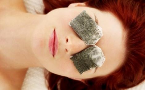 Trà xanh giảm thâm quầng mắt, ngăn ngừa lão hóa da