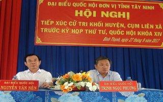 Đại biểu Quốc hội đơn vị tỉnh Tây Ninh tiếp xúc cử tri trước kỳ họp thứ 4