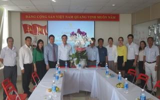 Lãnh đạo tỉnh thăm doanh nghiệp nhân Ngày Doanh nhân Việt Nam