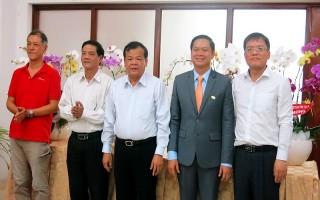 Chủ tịch UBND tỉnh thăm doanh nghiệp nhân ngày Doanh nhân Việt Nam