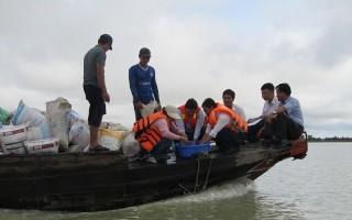 Thả hơn 800 ngàn con cá giống vào hồ Dầu Tiếng