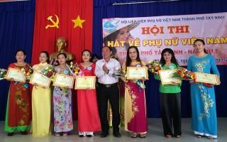 Tổ chức hội thi Hát về phụ nữ Việt Nam