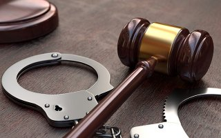 Chống người thi hành công vụ, bị phạt 9 tháng tù