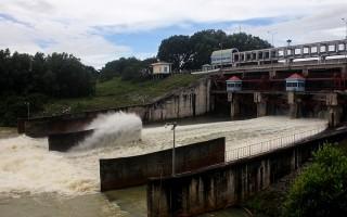 Hồ Dầu Tiếng đóng tràn xả lũ tránh ngập úng cho hạ du sông Sài Gòn
