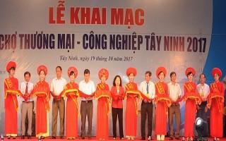 Khai mạc Hội chợ thương mại - công nghiệp Tây Ninh