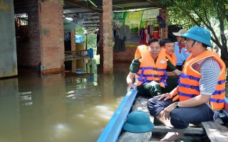 Bộ CHQS Tây Ninh kiểm tra tình hình lũ lụt tại Châu Thành