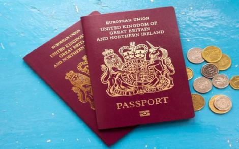Tại sao hộ chiếu các nước đều thiết kế giống nhau?