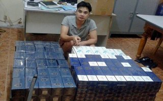 Bắt đối tượng vận chuyển lậu hơn 4.200 gói thuốc lá nhập lậu