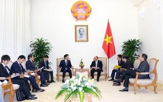 Thủ tướng Nguyễn Xuân Phúc tiếp Cố vấn đặc biệt của Thủ tướng Nhật Bản