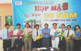 Cựu học viên Cao học khóa 4 Đại học Sư phạm TP.HCM họp mặt kỷ niệm 20 năm tốt nghiệp