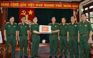 Phó Chủ nhiệm Tổng cục Chính trị QĐND Việt Nam thăm Sư đoàn 5