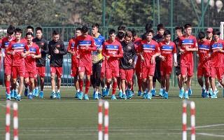 Tuyển thủ U23 Việt Nam xả trại, tưng bừng đón Noel