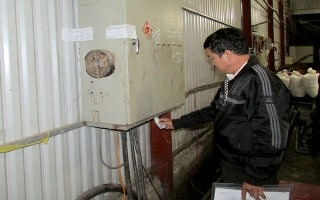 Tháo niêm phong cơ sở sản xuất nước uống đóng chai và bao bì tại Tân Châu