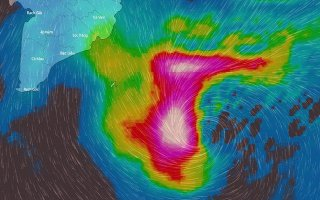 Nhờ đâu bão Tembin lệch hướng, suy yếu nhanh?