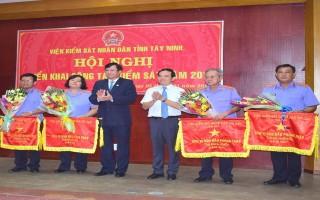 VKSND tỉnh Tây Ninh đơn vị  dẫn đầu phong trào thi đua năm 2017