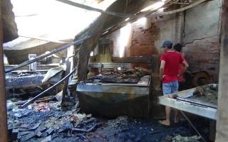 Cháy xưởng gỗ, thiệt hại cả tỷ đồng