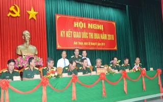 Khối quân sự địa phương Quân khu 7 ký kết giao ước thi đua