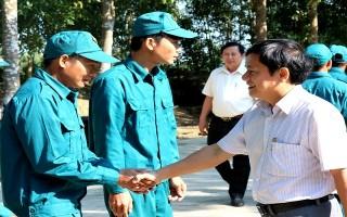 Thăm, chúc tết các đơn vị lực lượng vũ trang, cơ sở tôn giáo và gia đình chính sách
