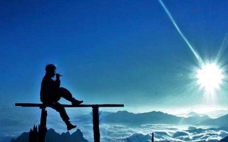 Dân phượt thổi sáo trên đỉnh Bạch Mộc Lương Tử