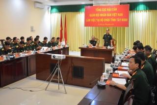 Kiểm tra công tác hậu cần tại Tây Ninh