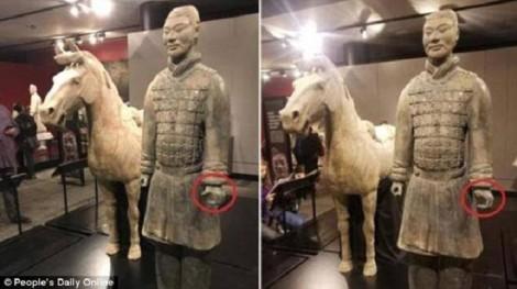 Tượng 2.000 năm từ mộ Tần Thủy Hoàng bị bẻ tay: Chuyên gia nói gì?