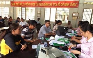 Giải ngân vốn cho người dân các huyện Châu Thành, Dương Minh Châu, Tân Châu