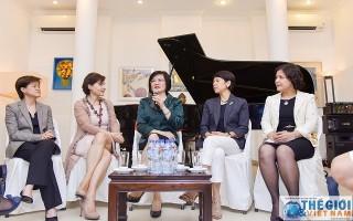 Cán bộ nữ đem lại luồng gió mới trong ngành Ngoại giao