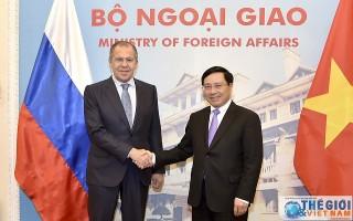 Phó Thủ tướng Phạm Bình Minh tiếp Bộ trưởng Ngoại giao Nga Sergey Lavrov