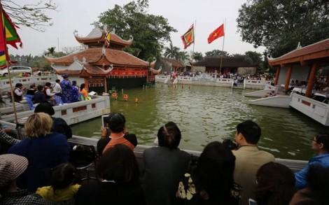 Các Đại sứ du xuân, thăm Cổ Loa, xem rối nước