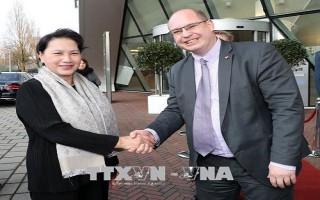 Chủ tịch Quốc hội thăm Công ty NACO tại Hà Lan
