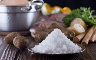 Bộ Y tế vận động giảm muối trong khẩu phần ăn
