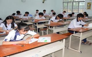 Tuyển sinh gần 12.000 học sinh vào lớp 10