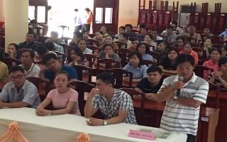 Tổ chức đối thoại với tiểu thương chợ Long Hoa