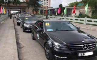 Lý do ô tô Trung Quốc nối đuôi chạy trên đường phố Hạ Long