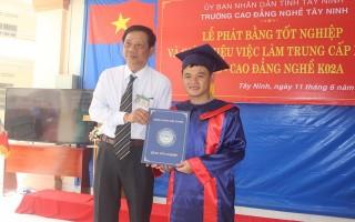 Trường Cao đẳng nghề Tây Ninh: Tổ chức lễ tốt nghiệp và giới thiệu việc làm cho học viên, sinh viên
