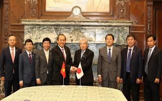 Phó Thủ tướng Trương Hòa Bình hội kiến Chủ tịch Thượng viện Nhật Bản, hội đàm với Phó Tổng thống Indonesia