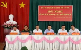 ĐBQH đơn vị tỉnh Tây Ninh tiếp xúc với 180 cử tri các sở, ban ngành, đoàn thể, LLVT tỉnh
