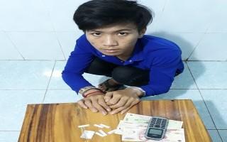 CATN: Bắt 2 vụ 3 đối tượng buôn bán ma túy
