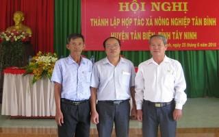 Thành lập HTX nông nghiệp Tân Bình