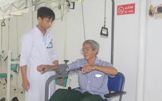 Tạo niềm tin cho người bệnh