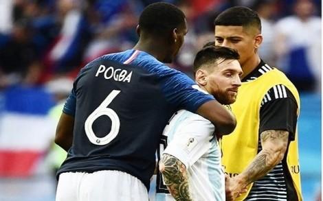 Sao tuyển Pháp giải thích hành động ôm Messi